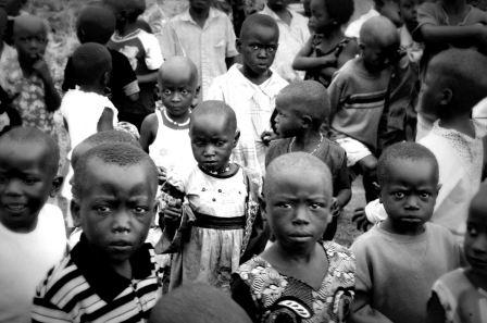 Niños sin sonrisa